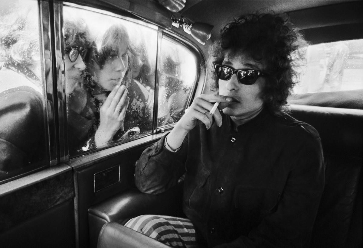 Bob dylan and fans