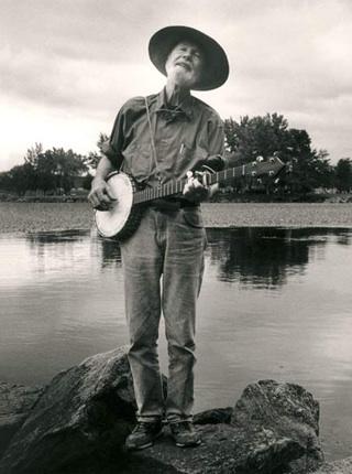 Everybody Sing Along, Kumbaya | RCR | American Roots Music